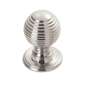 Wardrobe-Beehive-Handle-chrome