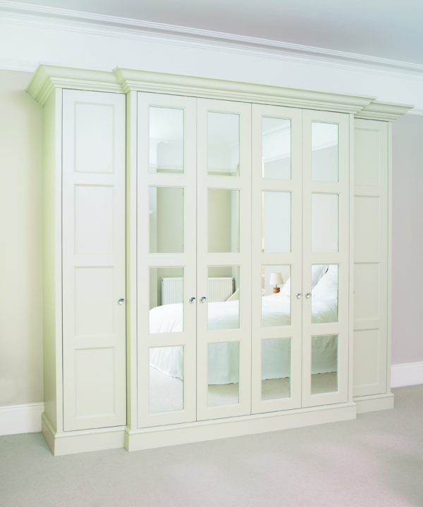 Montague Free standing wardrobe door, mirror, 4 doors. White.