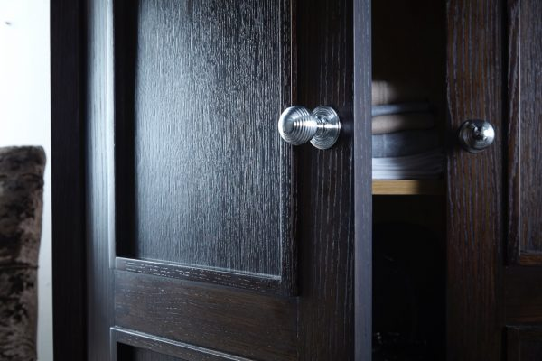 Portman wardrobe door, chrome handles